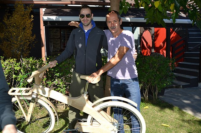 trigiro_coco-mat_wooden_bike_tour
