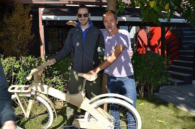 trigiro_coco-mat_wooden_bike_tour