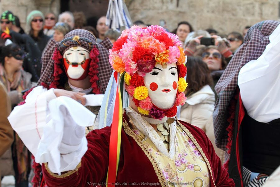 trigiro_tours_naoussa_greece_feel_traditional_carnival_004