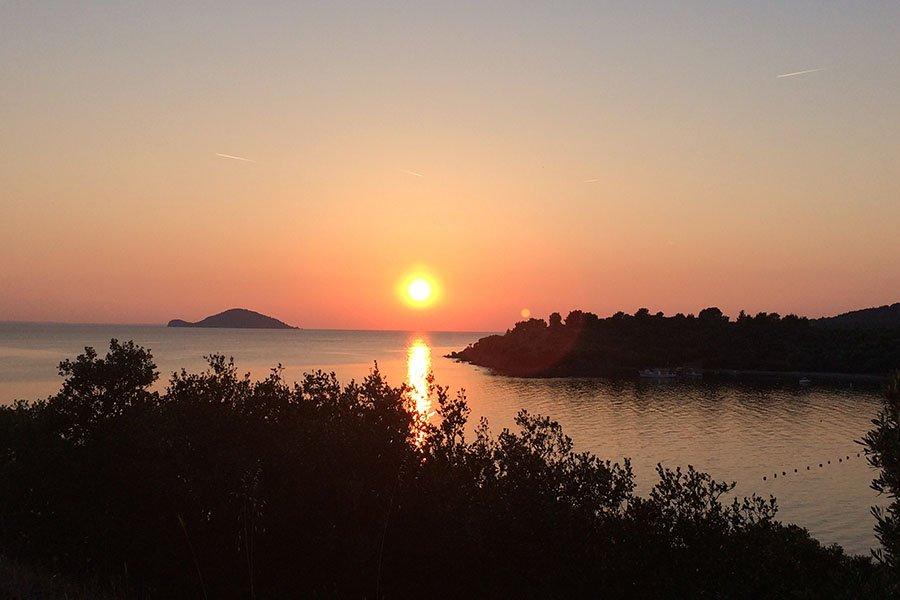 trigiro_unique-travel-experience_halkidiki-nature-spring-sea-sun